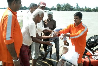 Supporting the Gorakhpur flood survivors